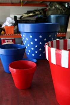 Great idea for 4th of July. plastic liners & serve potato salad, macaroni salad, chips, ah cool idea