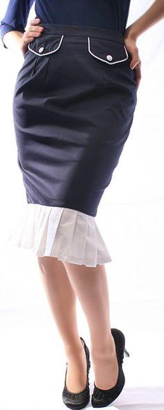 Eleganter figurbetonter Pencil-Schwalbenschwanz Rock mit hohem Bund im 40s - 50er Jahre Style. Der Rock wird klassisch auf Taillenhöhe getragen. Der breite in Falten gelegten Volant ist abgesetzt in weiß  oder  schwarz glänzendem Satin-Stoff. 2 Ziertaschen am Taillenbund runden dieses sonst schlicht gehaltene Stück ab.  http://stores.ebay.de/go-insane/ https://www.facebook.com/go.insane.shop http://www.pinterest.com/goinsaneshop https://twitter.com/goinsaneshop