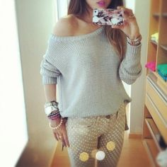 jeans, sweatshirt - Wheretoget