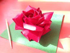 達人折りのバラの折り紙 28 Only one origami rose 28