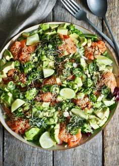 One pot wonder - lettvint gryterett - Mat På Bordet Zucchini Lasagna, Moussaka, Healthy Salads, Cobb Salad, Cravings, Nom Nom, Food And Drink, Vegetables, Nutrition