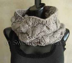 FREE knitting pattern pdf from SweaterBabe.com for this #107 Deluxe Lace Cowl. Only FREE until 10/31/14. #knitting