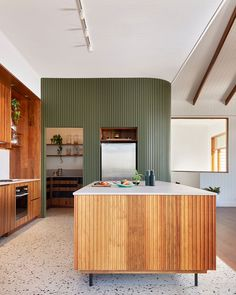 Home Decor Kitchen, Kitchen Interior, Home Kitchens, Timber Battens, Cocinas Kitchen, House On A Hill, Australian Homes, House And Home Magazine, My New Room