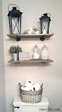 Perfect Easy tips for how to create a rustic, farmhouse-style bathroom. Full article and detailed pictures at homewithlo.com The post Easy tips for how to create a rustic, farmhouse-style bat ..