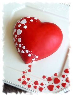 Create a symbol made for love and care, Fabulous valentine cake decorating ideas are just some of the luxurious cakes you can find that helps you to be inspired. Pretty Cakes, Cute Cakes, Beautiful Cakes, Amazing Cakes, Valentines Day Cakes, Valentine Cookies, Valentine Heart, Funny Valentine, Fondant Cakes