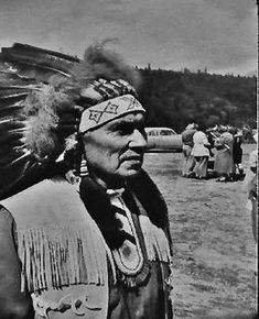 If you talk to the animals they will talk with you and you will know each other. If you do not talk to them you will not know them and what you do not know, you will fear. What one fears, one destroys. Native American Wisdom, American Legend, Chief Dan George, Pow Wow, Going Home, First Nations, Che Guevara, Culture, Actors