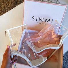Tenis Feminino New Fashion Strange Style Plexiglass Heel PVC Clear Boots Sexy Peep Toe Ankle Boots Transparent Woman Boots (China (Mainland)) Source by saramamillon Stilettos, Pumps, Stiletto Heels, High Heels, Heeled Boots, Bootie Boots, Shoe Boots, Ankle Boots, Shoes Heels