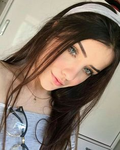 Girl Pictures, Girl Photos, Just Girl Things, Grunge Hair, Tumblr Girls, Girl Face, Aesthetic Girl, Beautiful Eyes, Pretty Face