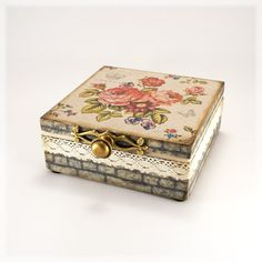 Box for jewelry Royal Garden Vintage look wooden by Alenahandmade, $50.00