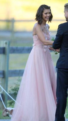 #Ninadobrev in a lilac gown at Julianne Hough wedding