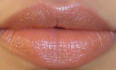 An Indian's Makeup Blog!: Revlon Matte Lipstick - Cocoa Craving : Review & Swatches