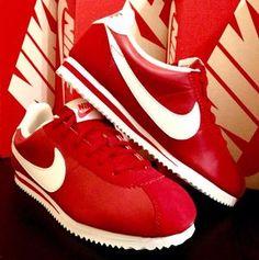 new concept 1f823 c8592 Nike Classic Cortez Red LE DS Boy s size 4Y - 5.5 Y Jordan 9 Retro,