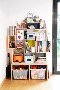 fabriquer une bibliothèque pour enfant Dyi, Magazine Rack, Cabinet, Storage, Kids, Furniture, Home Decor, Decoration Crafts, Sailor Room
