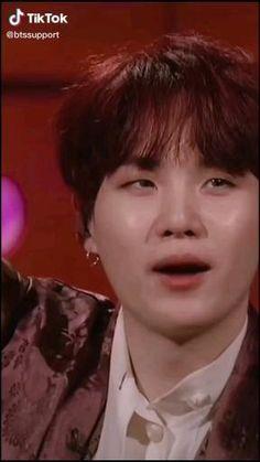 Min Yoongi Bts, Hoseok Bts, Bts Taehyung, Bts Jungkook, Hyuna Photoshoot, J Hope Smile, J Hope Dance, Kpop Gifs, Min Yoonji