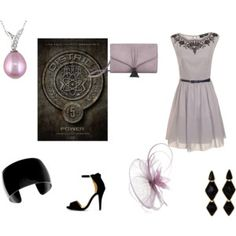 District Five Outfit- Hunger Games