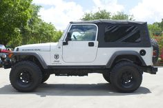 """2005 LJ Rubicon - Automatic, 124k Miles, 33"""" Tires Under a 4"""" Suspension LIft, Full Size Spare, Daily Driver and Off-Road Rig! http://www.selectjeeps.com/inventory/view/7708754?2005+Jeep+Wrangler+2dr+Unlimited+LWB+League+City+TX"""