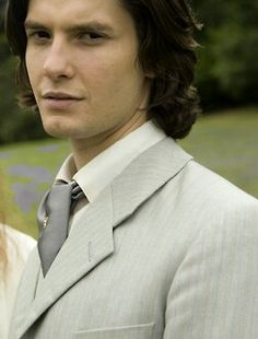 Ben Barnes Dorian Grey, 2009   <------------- Oh my GOD! It's GRAY! How many times do I have to tell you people. Also a prize for anyone who can tell me what his tie pin is.