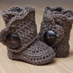 gray crochet baby boots by jmo87