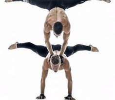 Our adagio acrobalance duo can be booked for gala dinners in the UK.