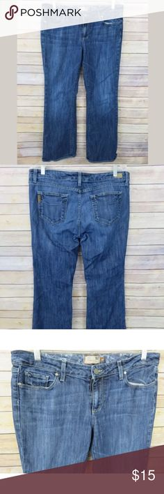 """Paige Denim Petite Hollywood Hills bootcut Jeans Paige Denim size 32 Petite Hollywood Hills bootcut denim jeans  Fray on hems from normal wear  No holes or stains  Cotton/Polyester blend   Waistband (layflat): 18""""  Rise: 8"""" Inseam: 30"""" Paige Jeans Jeans Boot Cut"""