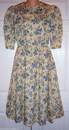 "Amish Mennonite Handmade OOAK Cape Dress 38""Bust /  26"" to 36"" Waist   #Handmade #Cape #Casual #Mennonite #Modest"