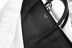 ronahys: Check out selfless for more x Celine Purse, Celine Mini Luggage, Beautiful Handbags, All Black Everything, Rocker Chic, Minimal Chic, Black Leather Bags, Flower Fashion, Purses And Handbags