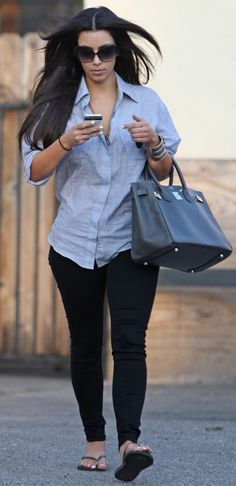 simple and casual black skinny jeans / tights with a denim top