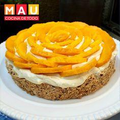 mostachon postre de mango Mostachon Recipe, Mexican Pastries, Yummy Treats, Sweet Treats, Mango Cake, Yellow Foods, Pan Dulce, Sweet Cakes, Homemade Cakes