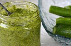 Dill sauce - a super additive for many dishes! for any dish - a peculiar highlight, and fennel - fragrant, fresh, tasty! We suggest you to make dill sauce which it is possible to leave for the winter and to use the freshest greens even in … Sauce Recipes, Cooking Recipes, Healthy Recipes, Pesto, Plat Simple, Dill Sauce, Good Enough To Eat, Russian Recipes, Fish Dishes