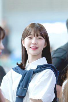 Kpop Girl Groups, Korean Girl Groups, Kpop Girls, Pretty Girls, Cute Girls, Pre Debut, Korean Star, Extended Play, Cute Korean