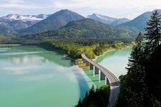 Die 9 spektakulärsten Roadtrips in Deutschland - Reisen Travel Around The World, Around The Worlds, Germany Travel, Belle Photo, Alps, Adventure Travel, Places To See, Travel Inspiration, Travel Destinations