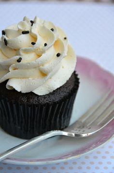 Chocolate & Vanilla Cupcake : Inspirational Bakery : MartaBarcelonaStyle's Blog