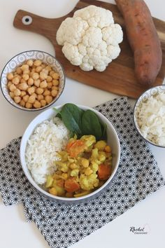 Curry chou fleur, patate douce, pois chiches - Rachel cuisine - The Best For Dinner Families Recipes Family Vegetarian Meals, Healthy Family Dinners, Easy Dinners, Family Meals, Easy Chicken Dinner Recipes, Healthy Dinner Recipes, Tofu Recipes, Quick Ground Beef Recipes, Clean Eating