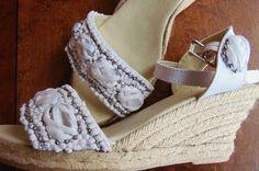 Sandalias de novia bordadas de Luz Divina Complementos - Tienda online | Foto 65