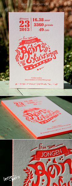 letterpers_letterpress_geboortekaartje_rein_kleuropsnede_wimpel_fluor_neon_rood