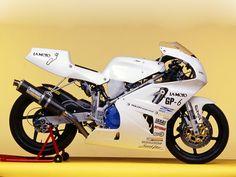 Proto Yamaha-Cesar Agui GP-6