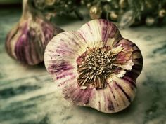 Miraculous Potion of Garlic: Protects Against Infectious Diseases, Purifies the Blood and Keeps the Heart Healthy - Healthy Life Vision Garlic Health Benefits, Black Garlic, Raw Garlic, Natural Kitchen, 1000 Calories, Kraut, Vitamin C, Beauty Secrets, Beauty Products