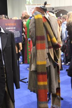 TARDIS Idris costume from the - 20.1KB