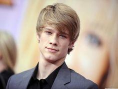 Lucas Till 2014