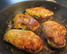 Stuffed, breaded chicken fillet, Yummi Breaded Chicken, Pork, Drink, Meat, Recipes, Blogging, Kale Stir Fry, Beef, Soda