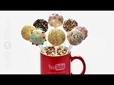 Cake pops pas cu pas – reteta video via Cake Recipes, Dessert Recipes, Desserts, Cake Pops How To Make, Candy Pop, Cooking Cake, Recipe For 4, Truffles, Bakery