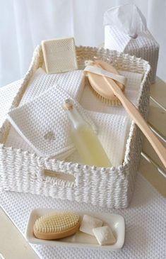 61 ideas bath and body works basket spas for 2019 Bath & Body Works, Bath And Body, Do It Yourself Decoration, Bathroom Spa, White Bathroom, Hotel Spa, Me Time, Bed And Breakfast, Bathroom Accessories