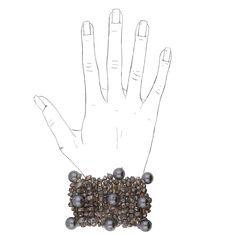 Das puristisch aussehende Armband Vistoria ist durch die Perlenvielfalt gleichzeitig opulent. Ein Styling Piece zu Clean Chic und Casual am Tag. Abends…