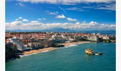 C'est Biarritz. Il est une endroit de style. Il étais un préfére d'Empress Eugénie, femme de Napoleon III.