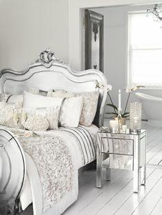 Glam Bedroom, Master Bedroom Closet, Home Bedroom, Bedroom Decor, Black White Bedrooms, Ideas Dormitorios, Bedroom Styles, Beautiful Bedrooms, Decoration