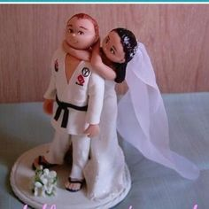 a great idea for wedding topper!