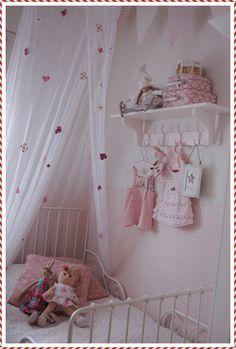 Maalaisunelmaa: prinsessan huoneesta...