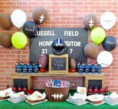 Football Party Table + DIY Football Drink Tub #superbowl