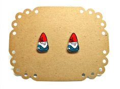 Lil' Gnomes, Post Earrings Lego Jewelry, Diy Jewelry, Cardboard Jewelry Boxes, Shrinky Dinks, Shrink Plastic, Gnome Garden, Stitch Markers, Little Things, Shrink Film
