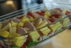 Supersmarrig kasslergratäng Lchf, Fruit Salad, Green Beans, Sushi, Watermelon, Food And Drink, Tasty, Meat, Dining